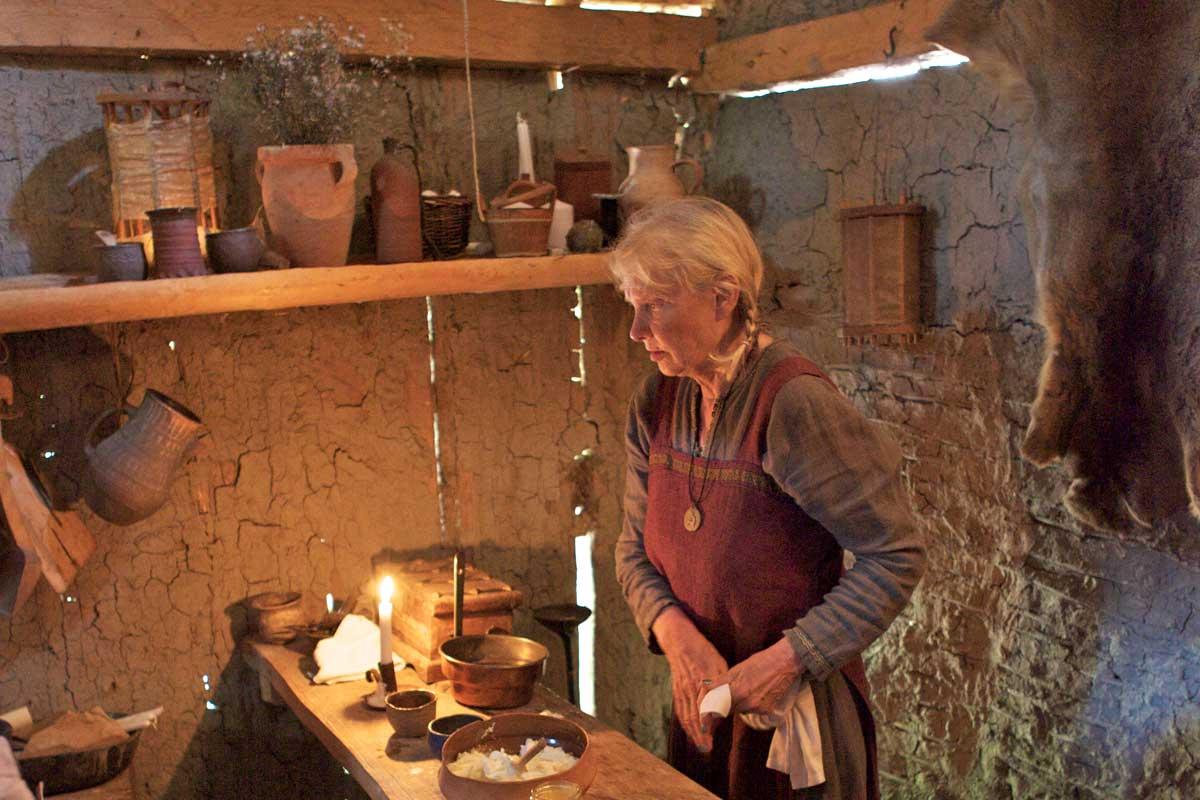 Vikingakvinna i Birkas vikingaby